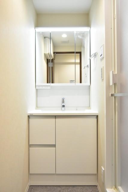 コートハウス東品川 洗面室