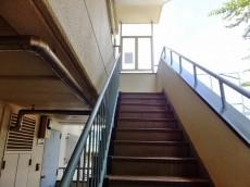 千歳船橋サマリヤマンション 外階段