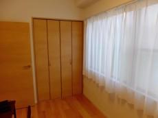 第一東個マンション 洋室1クローゼット