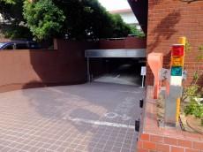 パレロワイヤル六番館 駐車場