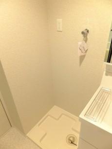 マンション第二恵比須苑 洗濯機置場412