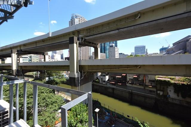ツイン一の橋二番 眺望