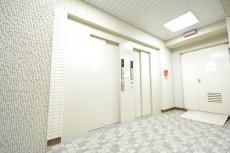 マンション五反田 エレベーターホール
