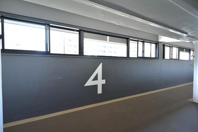 ツイン一の橋二番 共用廊下