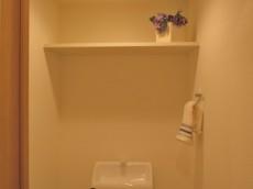 五反田サニーフラット トイレ棚