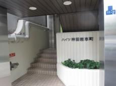 ハイツ神田岩本町 エントランス