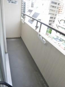 ハイツ神田岩本町 洋室6側バルコニー