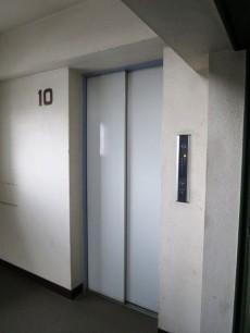 下落合グリーンパーク エレベーター
