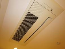 グランドメゾン中目黒 The Class 約12.0帖の洋室 天井カセット式エアコン