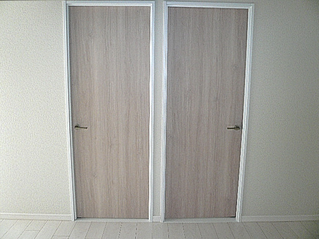 ノア南麻布 洋室への扉