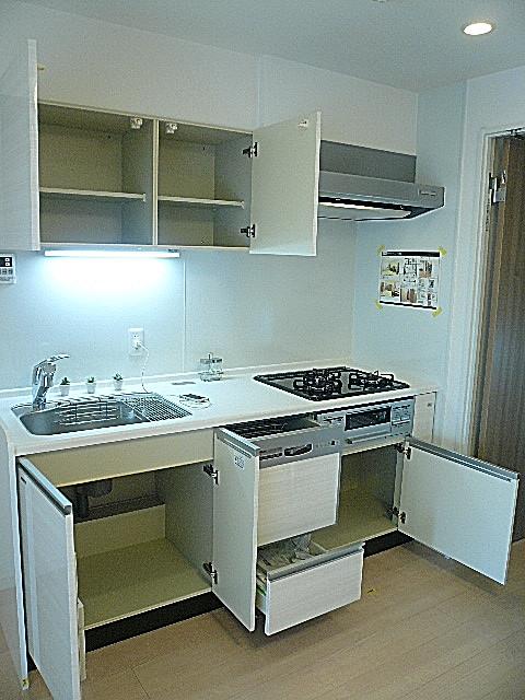弦巻リハイム キッチン収納410