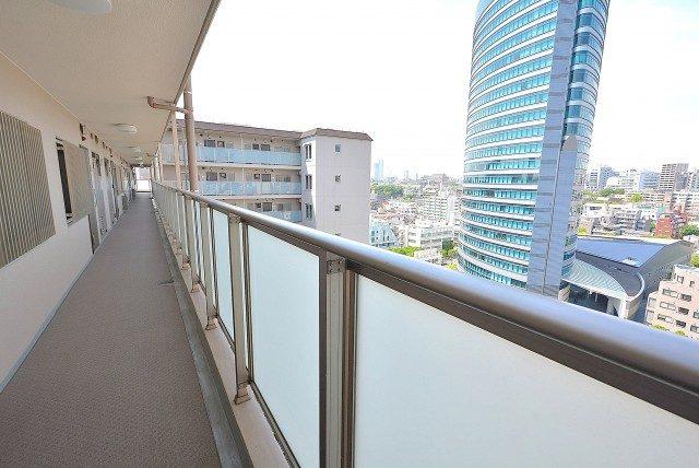 飯田橋第二パーク・ファミリア 外廊下