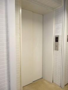 エスコートノヴェル白金高輪 エレベーター