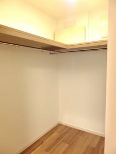 ザ・ドチェスター六番館 洋室12.0WIC