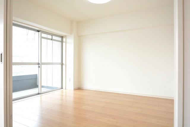 ライオンズマンション南平台 約4.8帖の洋室