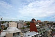 成城エコーハイツ 玄関前眺望803