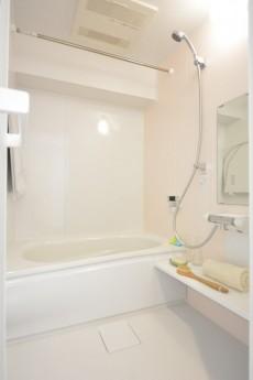 メゾンベール成城 バスルーム