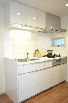 メゾンベール成城 システムキッチン