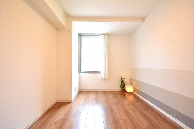 メゾンベール成城 約6.0帖の洋室