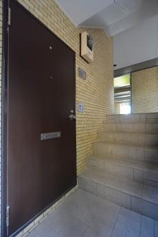 ライオンズマンション赤堤第2 玄関前106