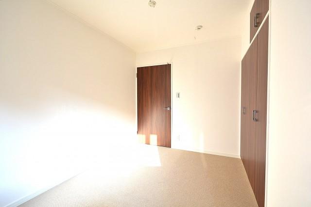 ヴァンヴェール南平台 4.88帖のベッドルーム401