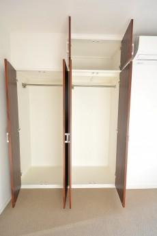 ヴァンヴェール南平台 4.88帖ベッドルームのクローゼット401
