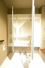 南青山セピアコート 洗面台三面鏡