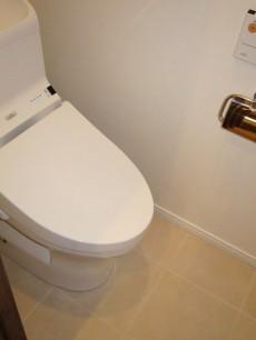 目白台芙蓉ハイツ ウォシュレット付のトイレ