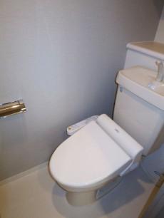 サンクタス池袋ベルマージュ ウォシュレット付のトイレ