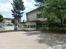 グランドメゾン哲学堂公園 中学校