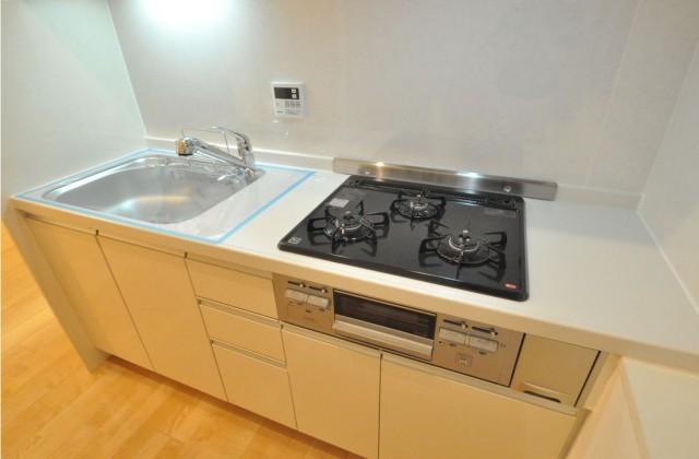 安田小網町マンション キッチン