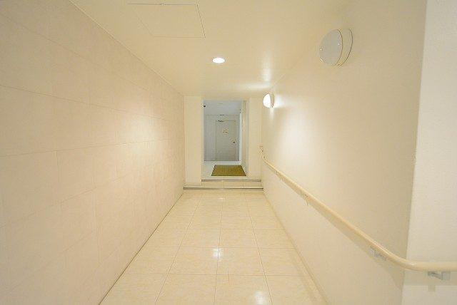 音羽ハウス 内廊下