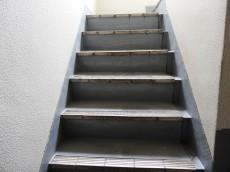 柿の木坂コーポ 共用階段