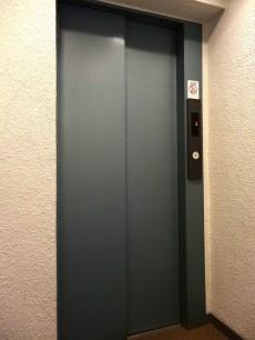 ニューライフ等々力 エレベーター