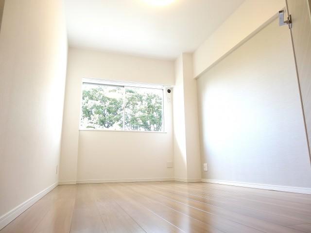 ガーデンハウス 洋室約6.0帖