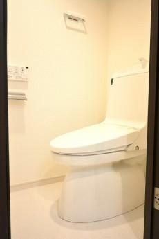 グレイス魚籃坂 ウォシュレット機能付きトイレ