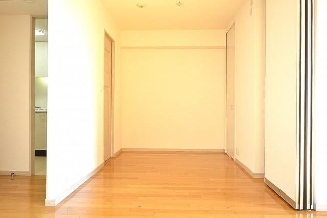 アールヴェール新宿弁天町 約4.0帖の洋室402