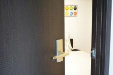 南平台セントラルハイツ 5.2帖サービスルームドア