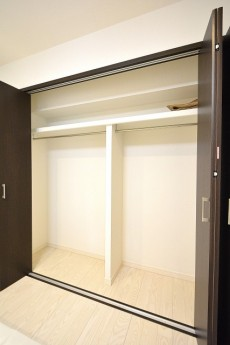 南平台セントラルハイツ 5.2帖サービスルームのクローゼット