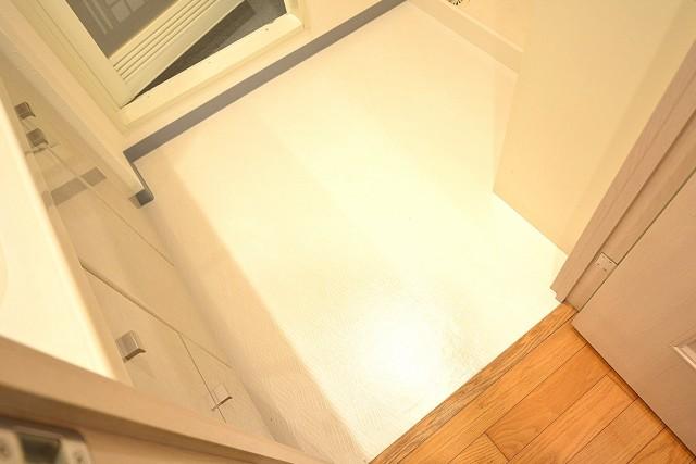 アールヴェール新宿弁天町 洗面室102