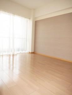 目白武蔵野マンション 約6帖の洋室