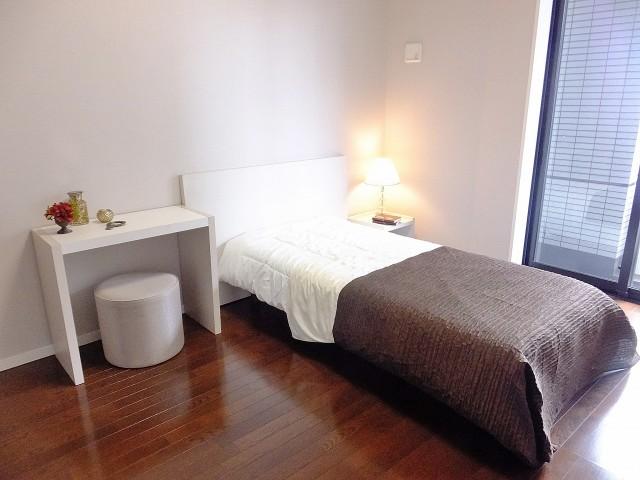 コンシェリア西新宿 ベッドルーム1209