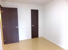 コンシェリア西新宿 ベッドルーム709