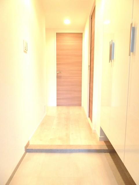 ルピナス中野レジデンス 玄関