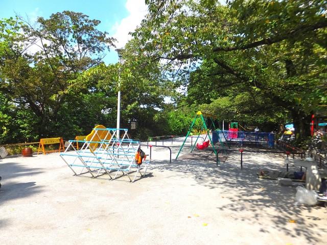 シルキーハイツ九段南2号館 周辺環境 駅前公園