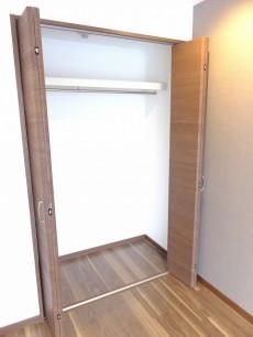 シティ田町 洋室2クローゼット