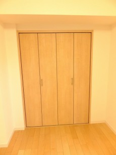 田町グリーンハイツ 洋室2クローゼット