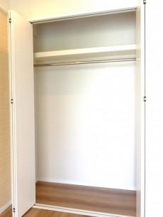 マンション白金苑 ベッドルーム③クローゼット