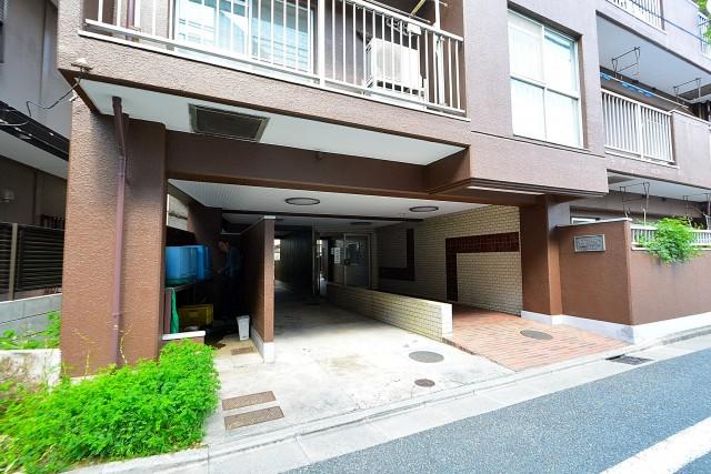 第3桜新町ヒミコマンション エントランス