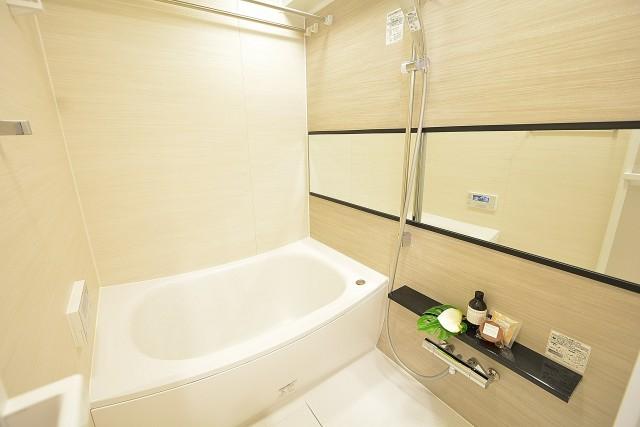 ハイツ赤坂 バスルーム 105